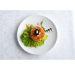 Салат с лососем слабого соления